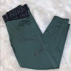 dark green nike pro dri-fit leggings